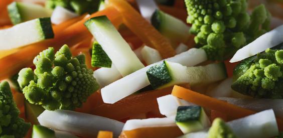 Julienne de légumes et romanesco