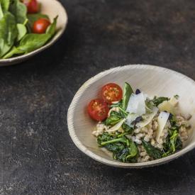 Risotto mit Gerste und Spinat