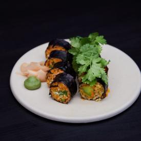 Spicy crispy avocado sushi