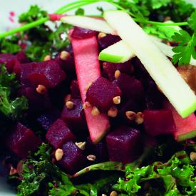 Salade trendy betteraves, chou kale