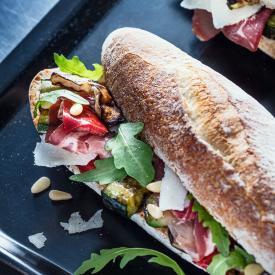 Sandwich légumes grillés et coppa