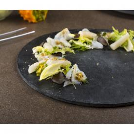 Carpaccio di baccalà con passion fruit, scorzonera e tartufo