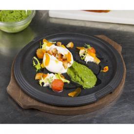 Burratina farcita con pomodoro confit e crostini, crema di verdure e bottarga
