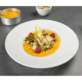 Zuppa di zucca e carote con finocchi arrostiti ai semi e lamponi