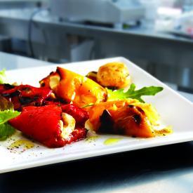 Peberfrugter med mozzarellafyld